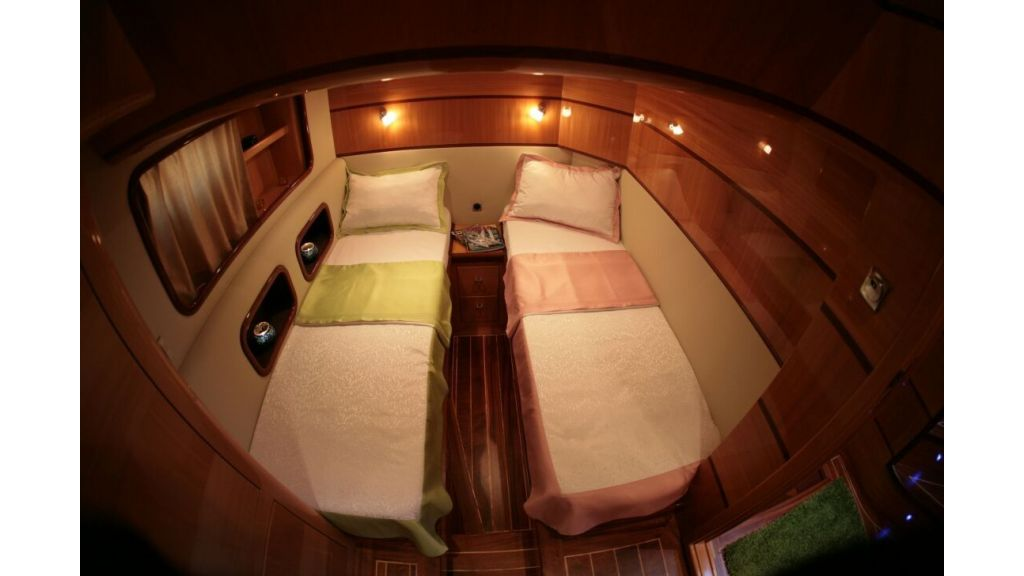 Halal Yacht Charter (24)