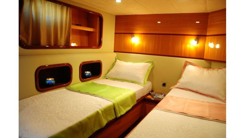 Halal Yacht Charter (26)