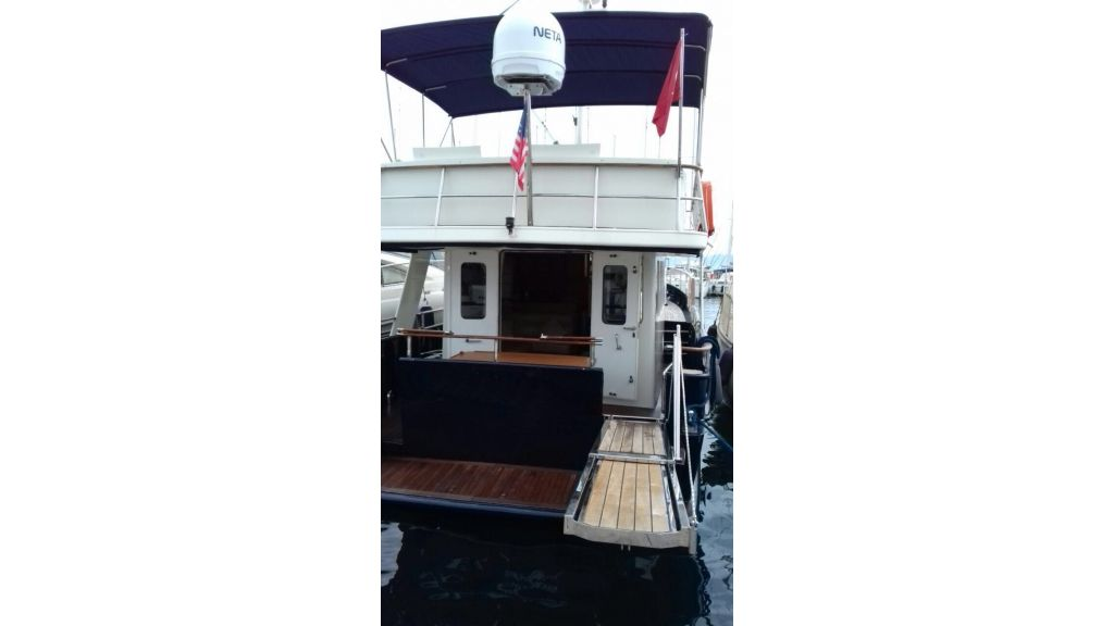 Steel Trawler (3)