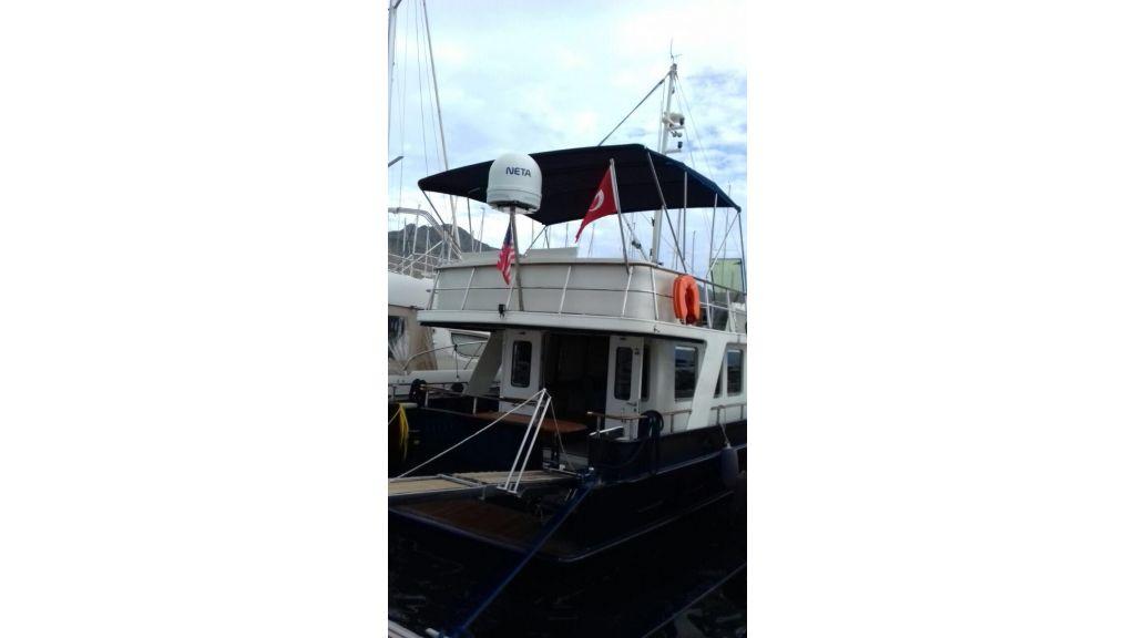 Steel Trawler (4)