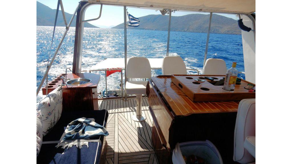 Teak Mahogany MotorBoat for Sale (13)