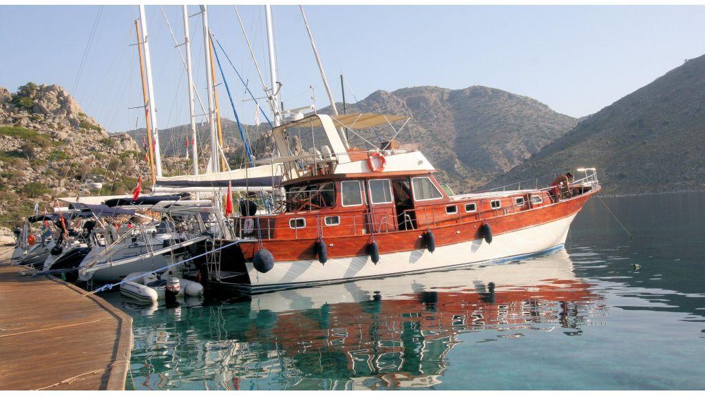 Teak Mahogany MotorBoat for Sale (2)