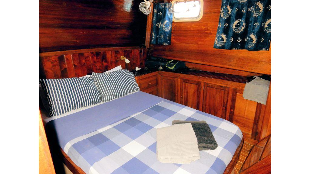 Teak Mahogany MotorBoat for Sale (30)