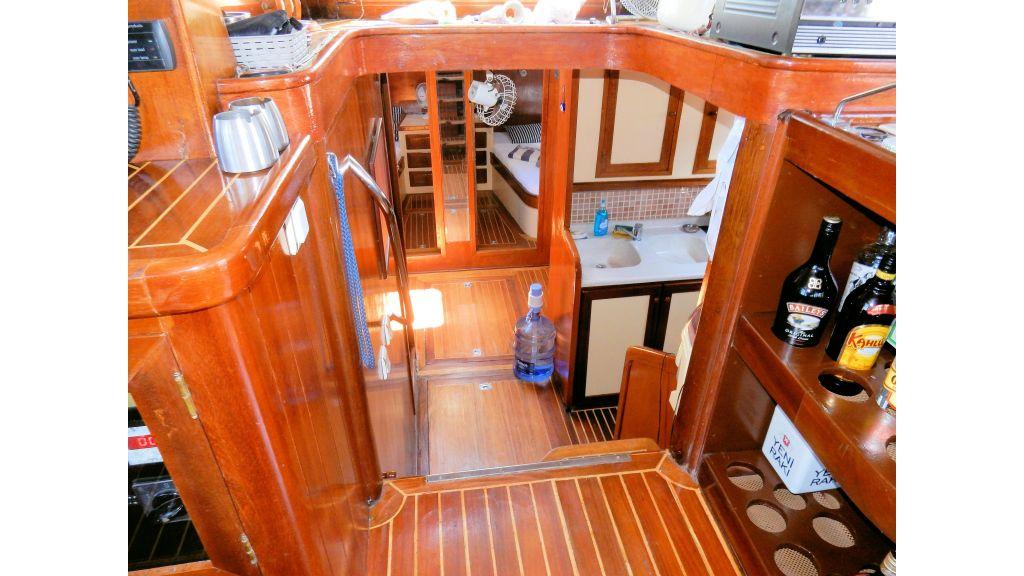 Teak Mahogany MotorBoat for Sale (32)