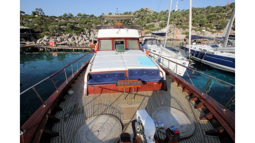 Teak Mahogany MotorBoat for Sale (6)