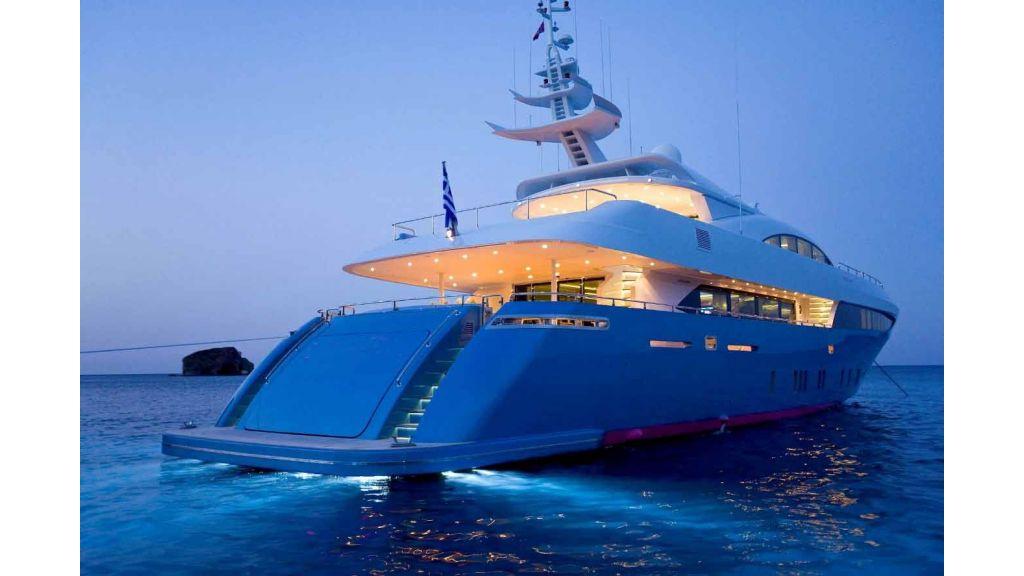 mondomarine-motoryacht-26