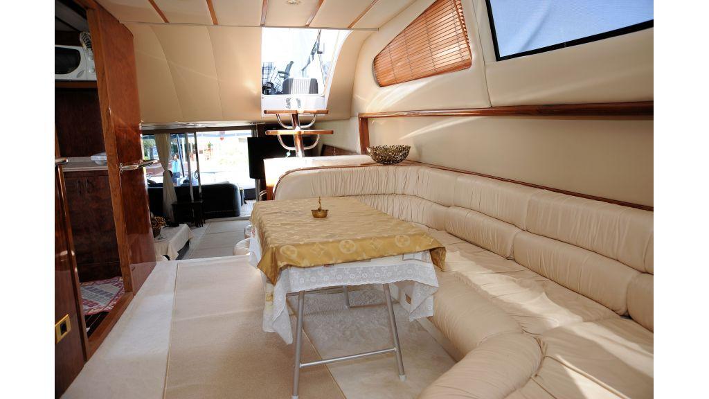 istanbul-built-epoxy-laminated-motoryacht-07-master