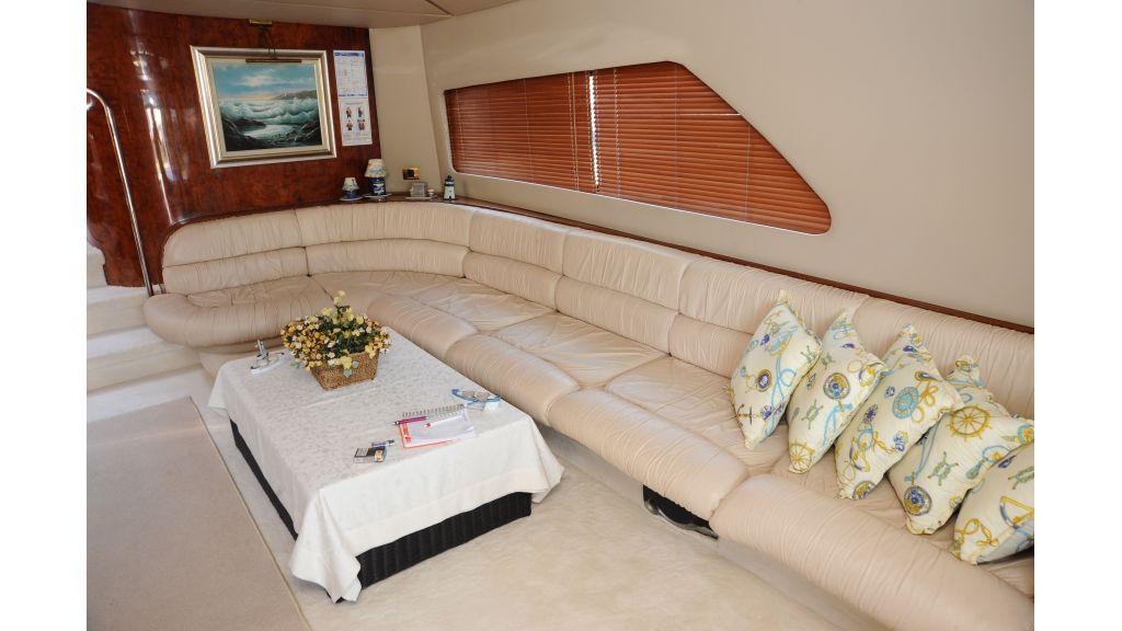 istanbul-built-epoxy-laminated-motoryacht-8