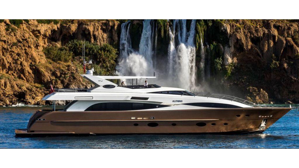 motor yacht aliyoni (16)