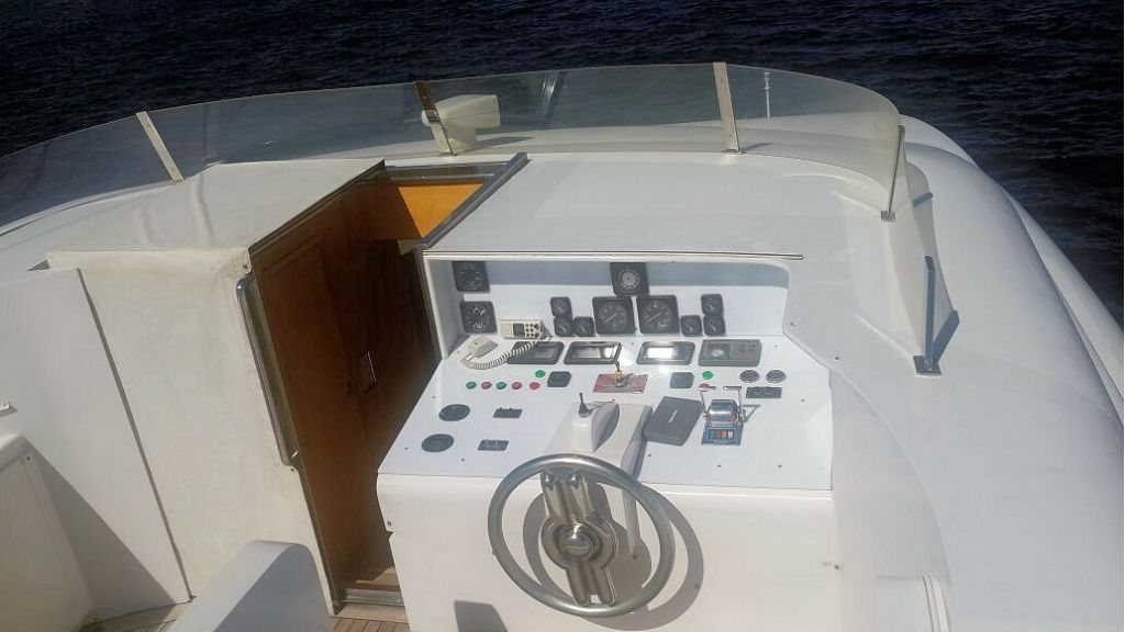 proteksan-aluminium-motoryacht-inner-11