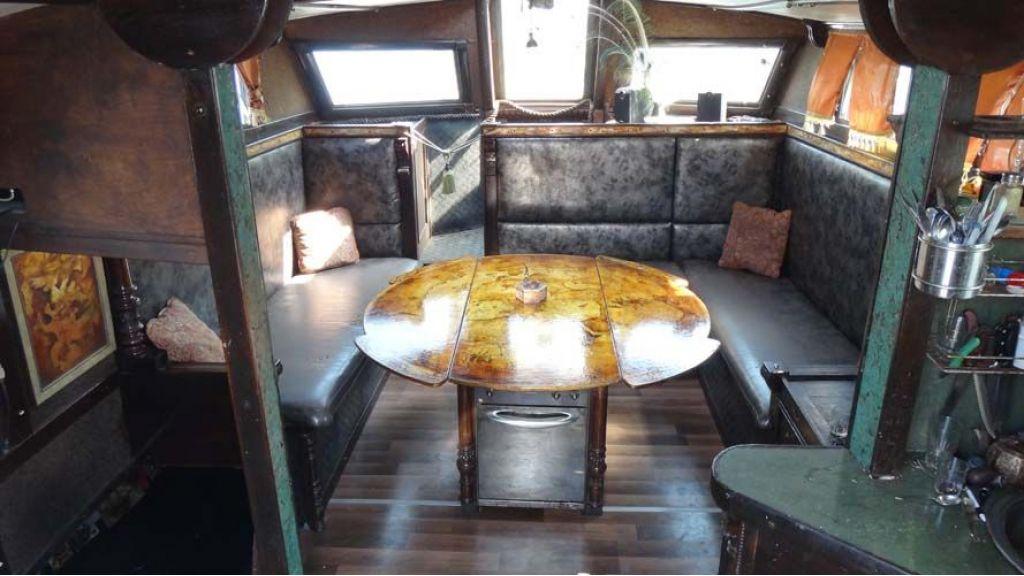 sailing-yacht-helon-24