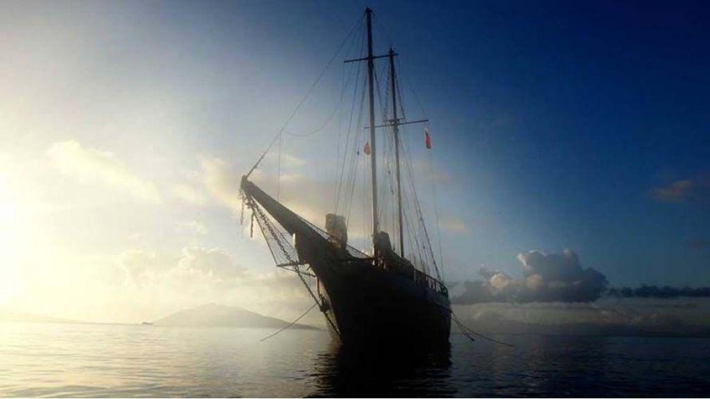 sailing-yacht-helon-4