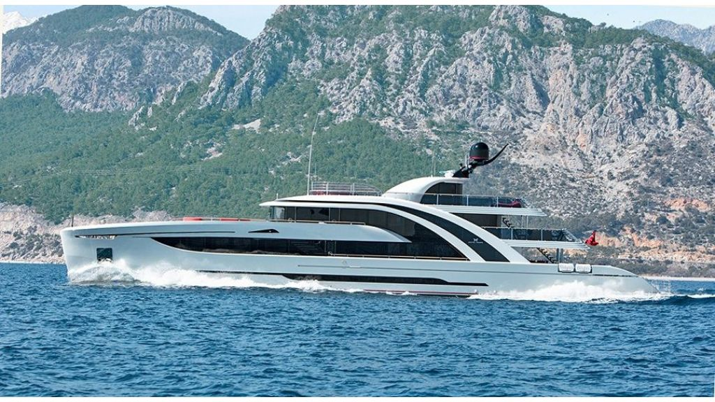 50m Displacement Motor Yacht (19)