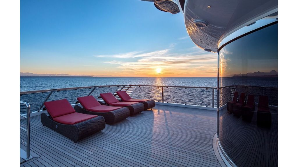 50m Displacement Motor Yacht (42)