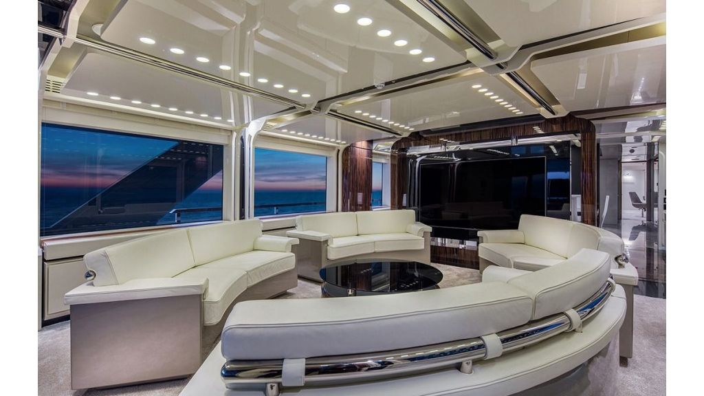 50m Displacement Motor Yacht (43)