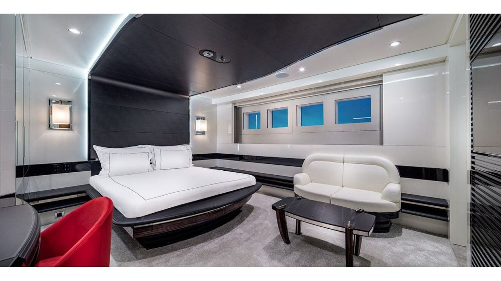 50m Displacement Motor Yacht (51)