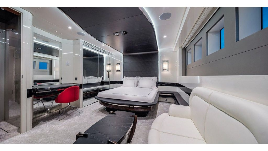 50m Displacement Motor Yacht (52)