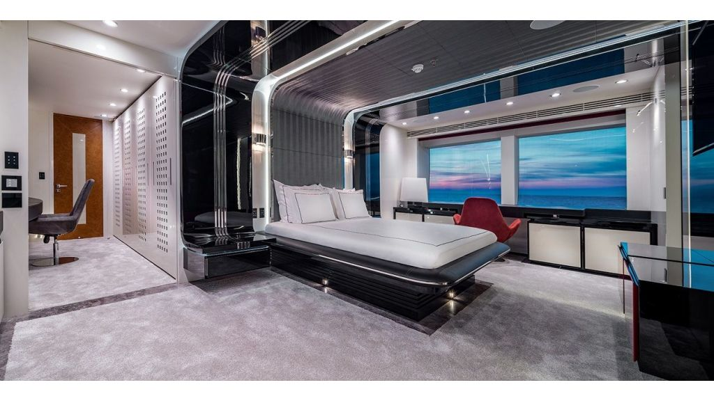 50m Displacement Motor Yacht (57)