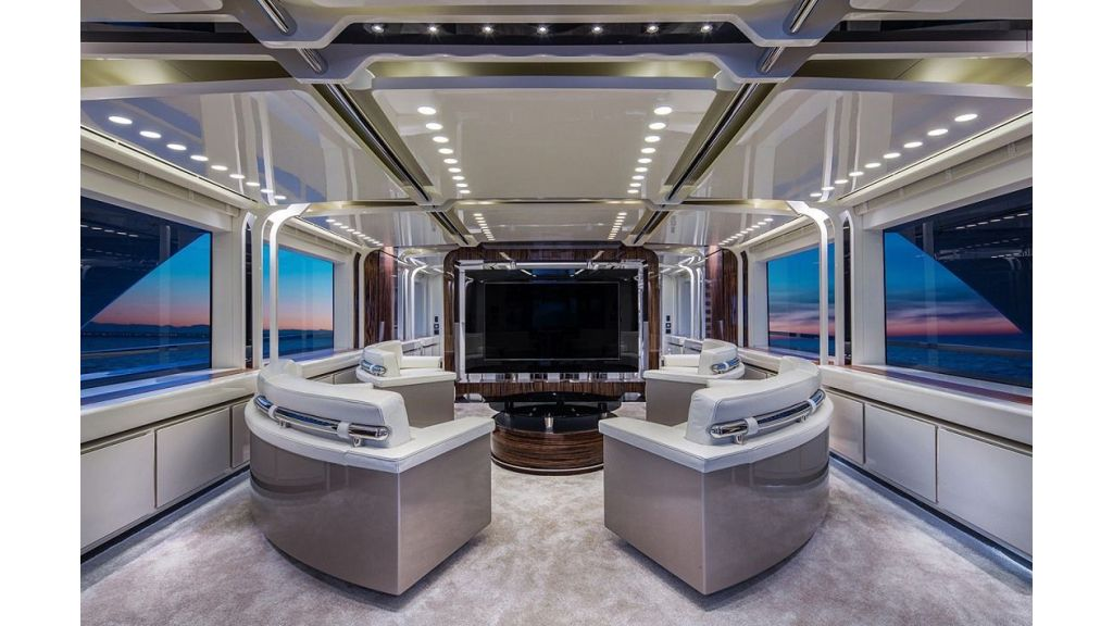 50m Displacement Motor Yacht (70)