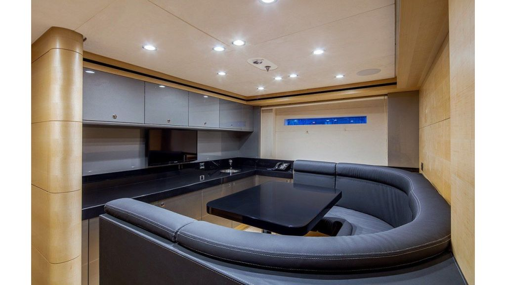 50m Displacement Motor Yacht (75)