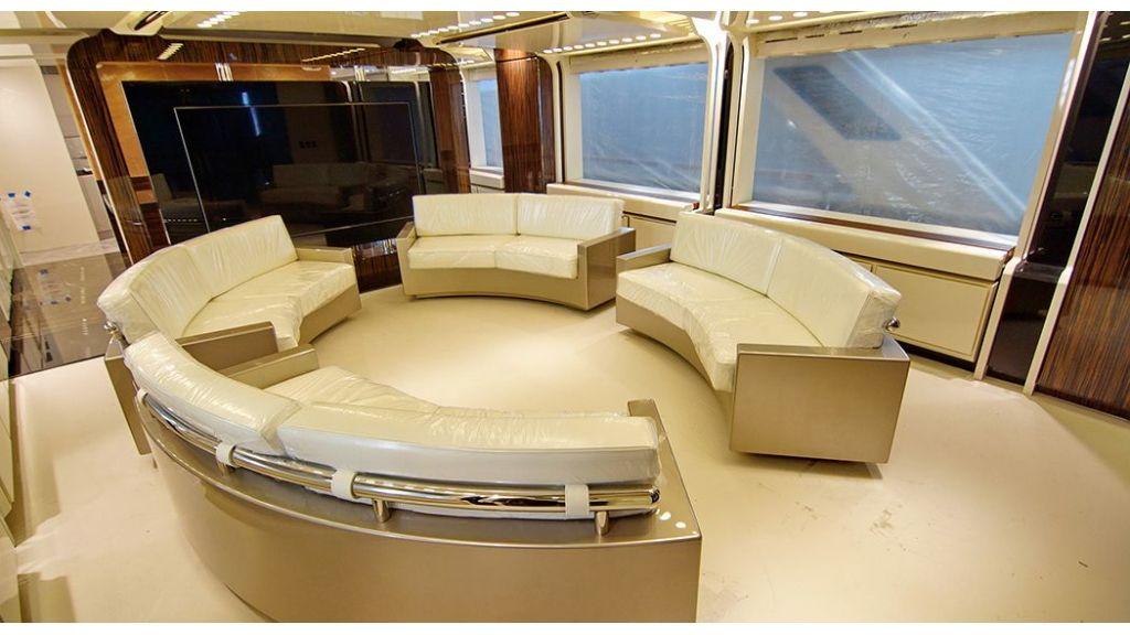 50m-displacement-motoryacht-24