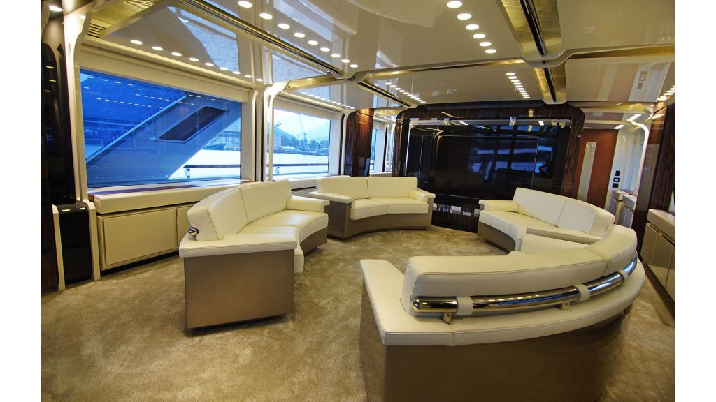 50m-displacement-motoryacht-25