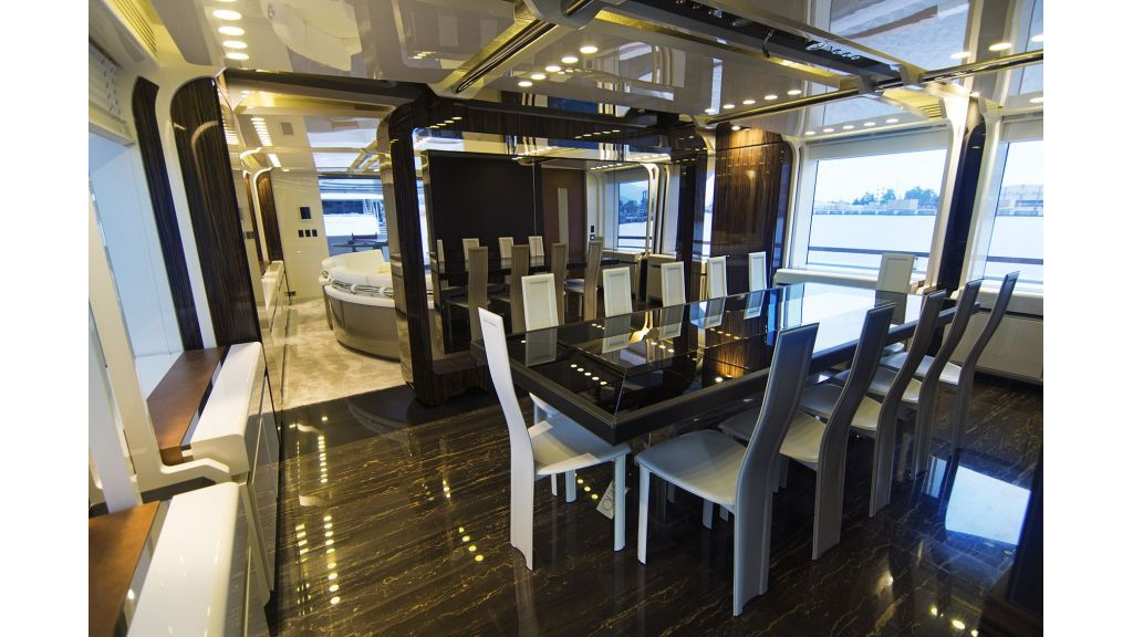 50m-displacement-motoryacht-28