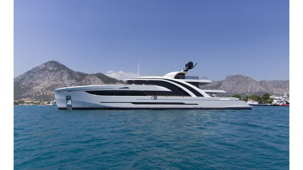 50m-displacement-motoryacht-4-master