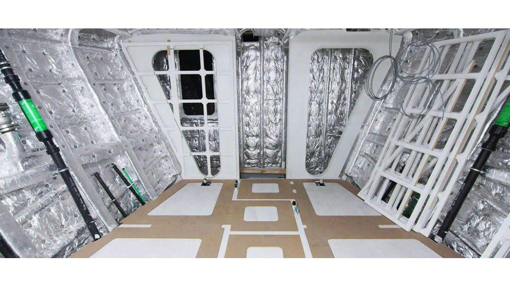 50m-displacement-motoryacht-65