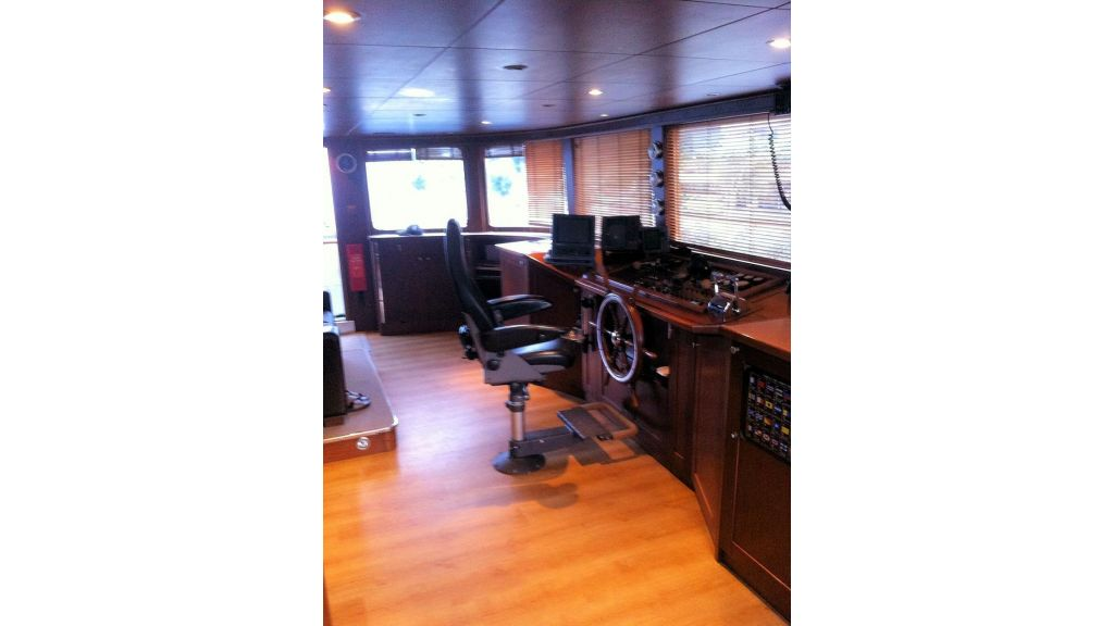 daily-cruise-event-boat-1