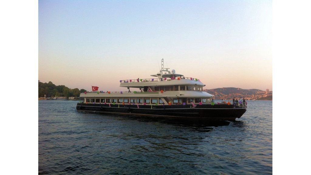 daily-cruise-event-boat-3