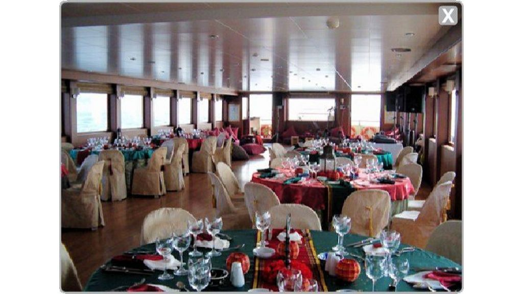 daily-cruise-events-boat-18