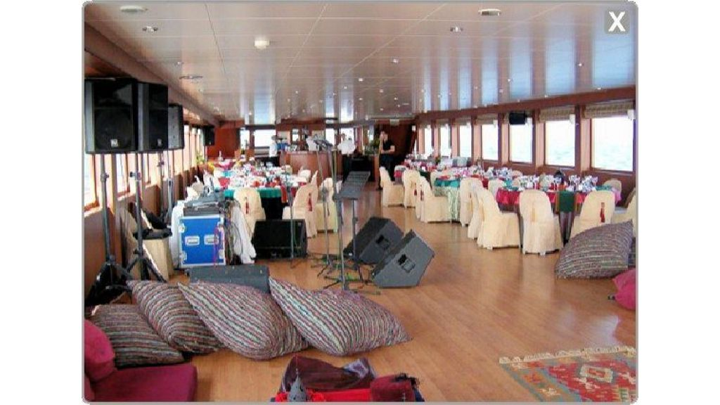 daily-cruise-events-boat-19