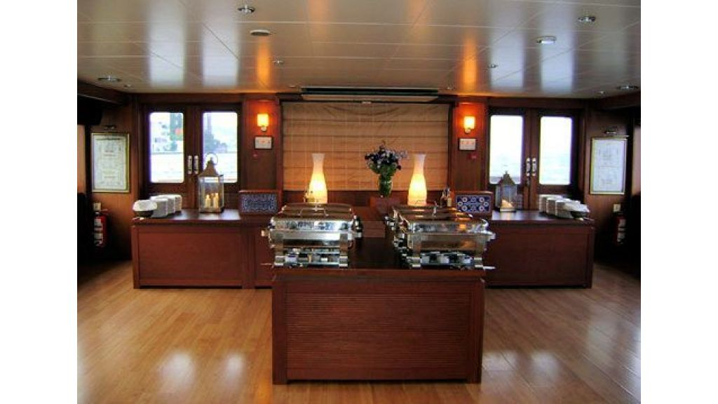 daily-cruise-events-boat-21