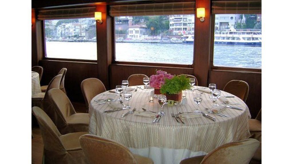 daily-cruise-events-boat-23