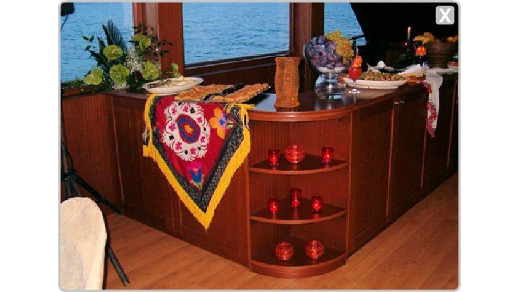 daily-cruise-events-boat-30