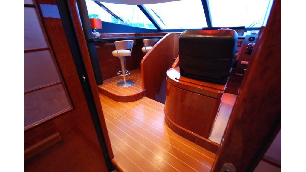 fairline-squadron-74-for-sale-11
