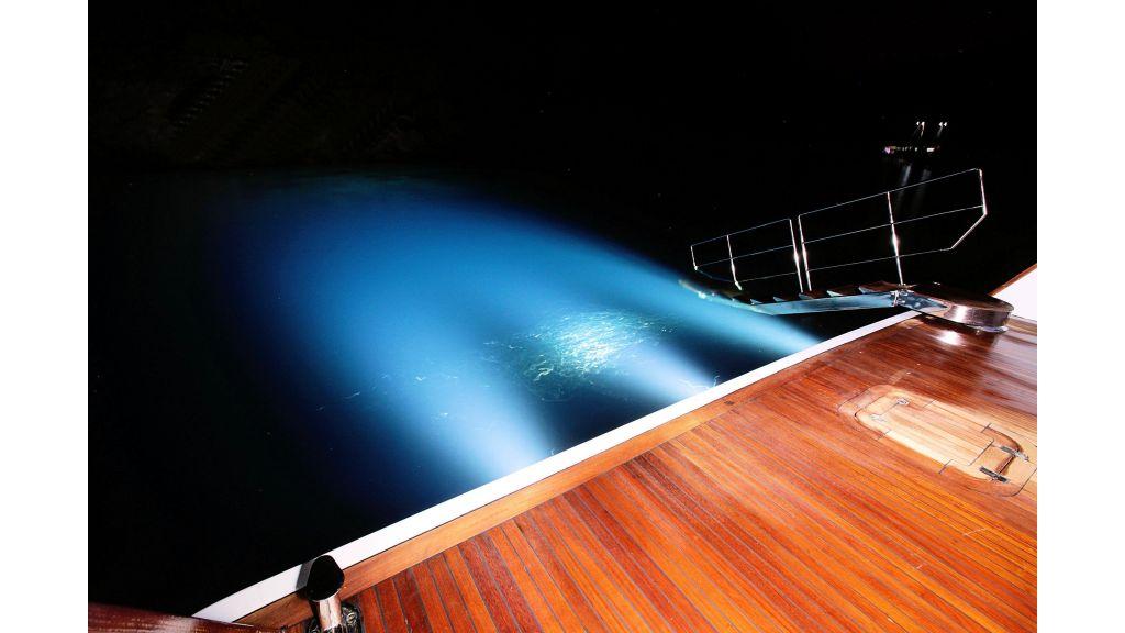 liveaboard-trawler-24