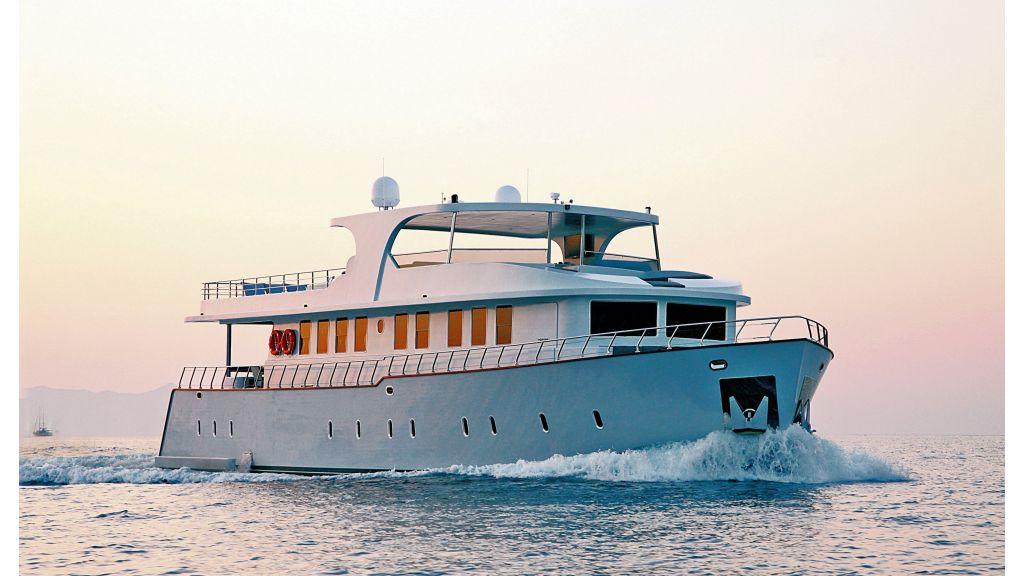 liveaboard-trawler-4-master