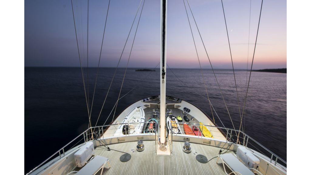 Meira Luxury Yacht (10)
