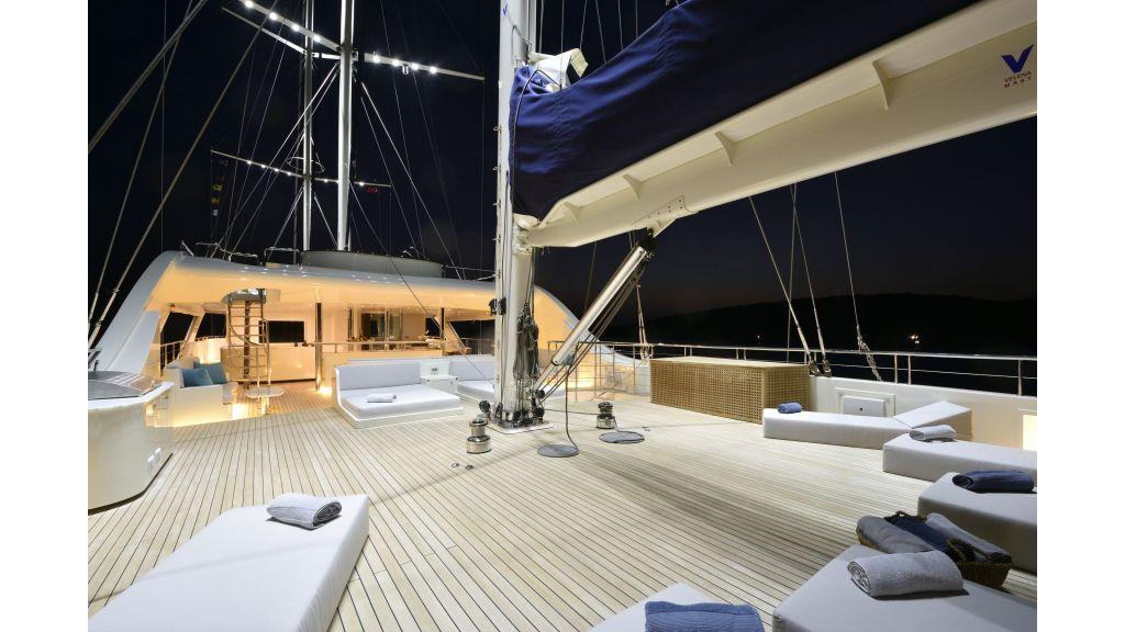 Meira Luxury Yacht (16)