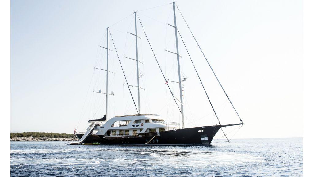 Meira Luxury Yacht (20)