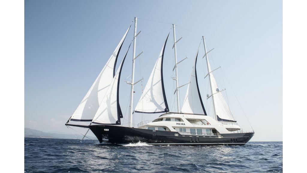 Meira Luxury Yacht (4)