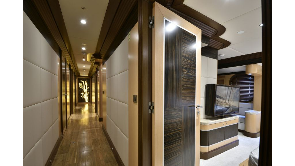 Meira Luxury Yacht (40)
