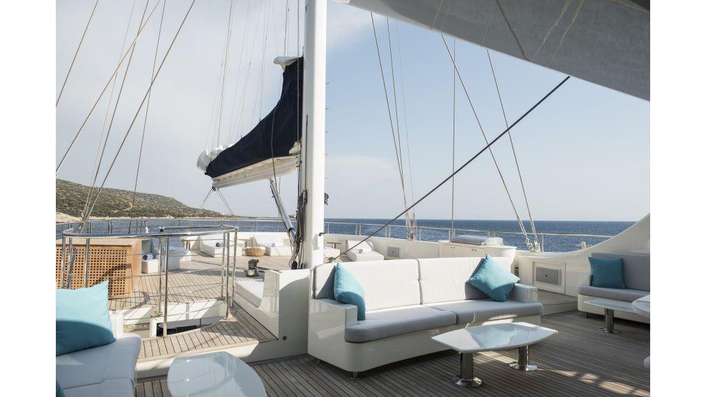 Meira Luxury Yacht (5)