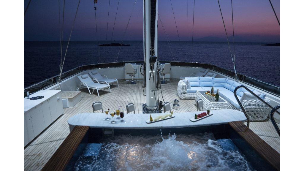 Meira Luxury Yacht (54)