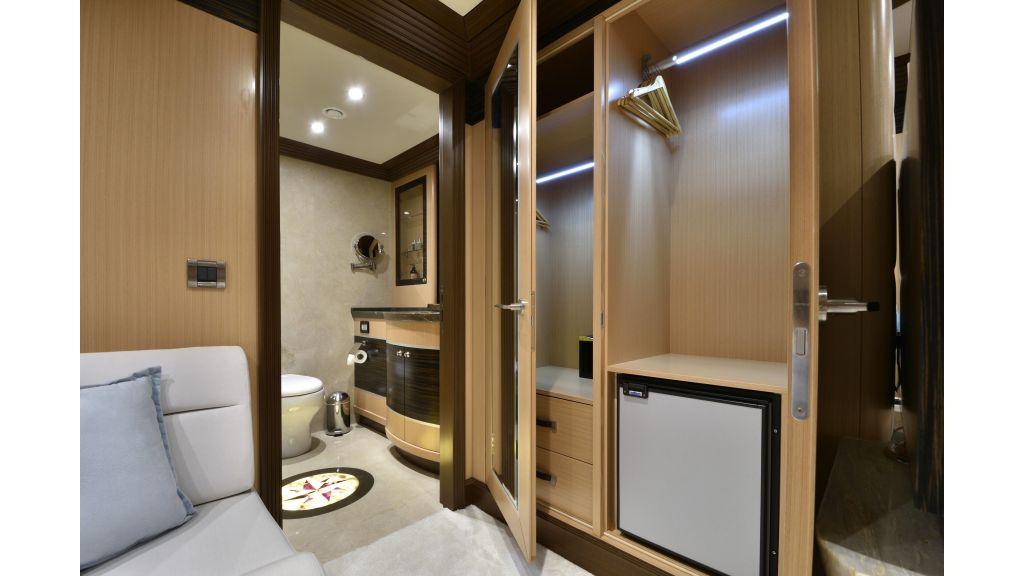 Meira Luxury Yacht (81)