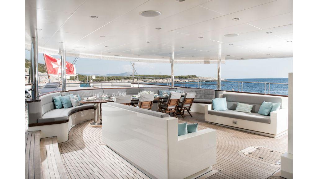 Meira Luxury Yacht master..