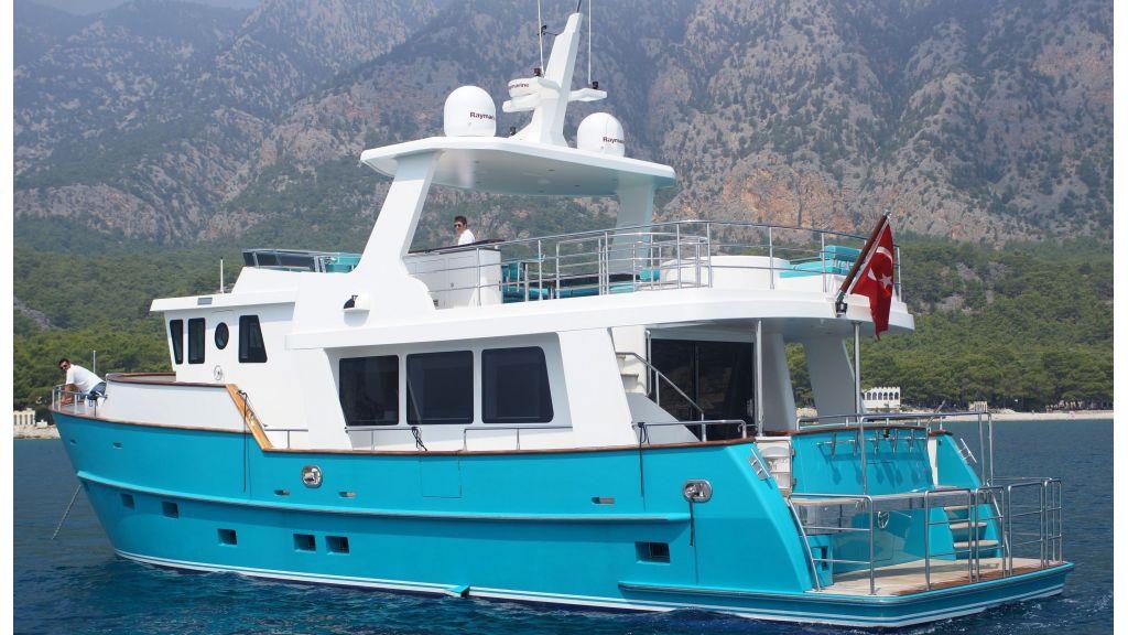 steel-hull-trawler-2-master