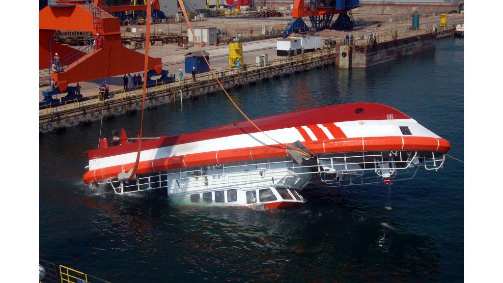 coastal-safety-boat-4